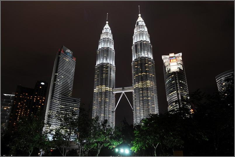 十九)吉隆坡双子塔