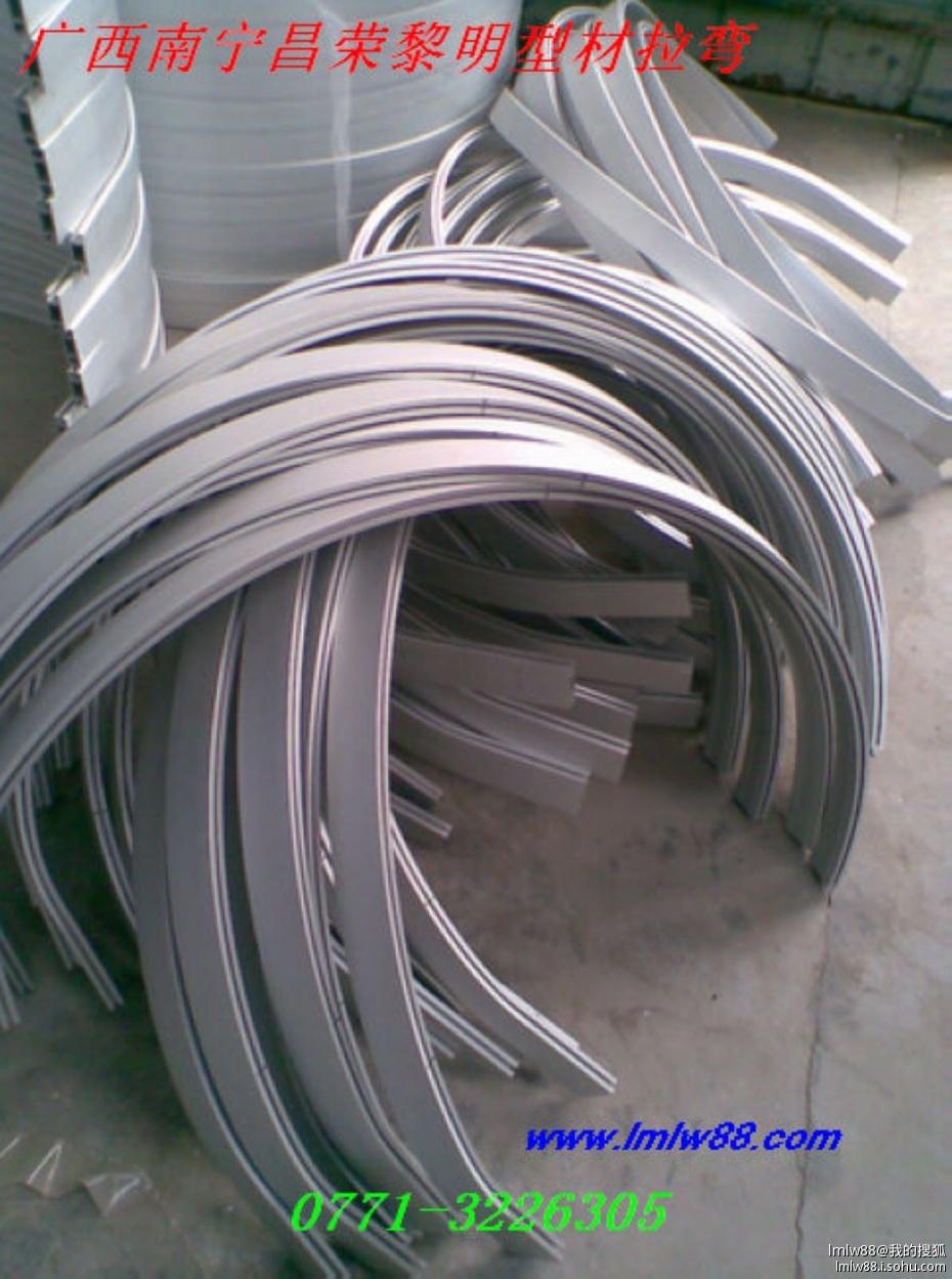 公司产品主要用于建筑圆弧型钢结构,隧道支撑,车顶弯梁,地铁工程,铝