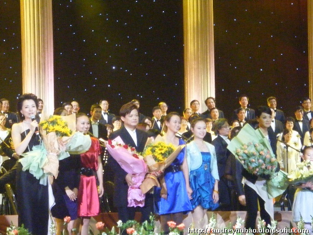"""""""中国声音"""" - 廖昌永2010演唱会 (组图)"""