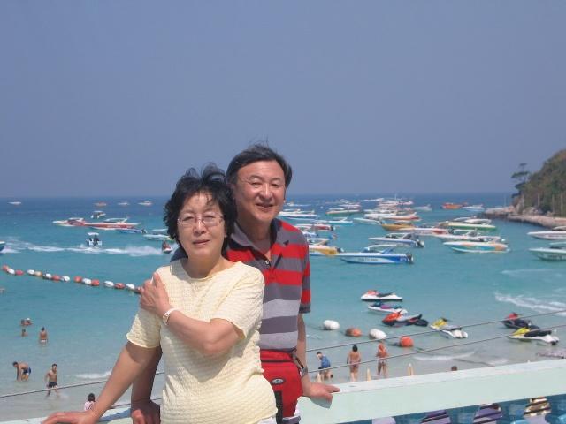 (三).芭堤雅--酒店,格兰岛(平板船),金沙岛(白沙滩)