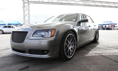 """克莱斯勒一连推出了三款冠名为""""s""""的改装概念车,包括300 s、高清图片"""