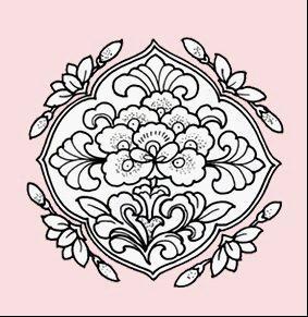 翡翠图案玉堂富贵:以玉兰花,海棠花,牡丹花组成.
