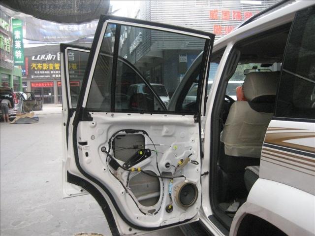 丰田霸道 普拉多 音响改装案例 西安英皇汽车音响