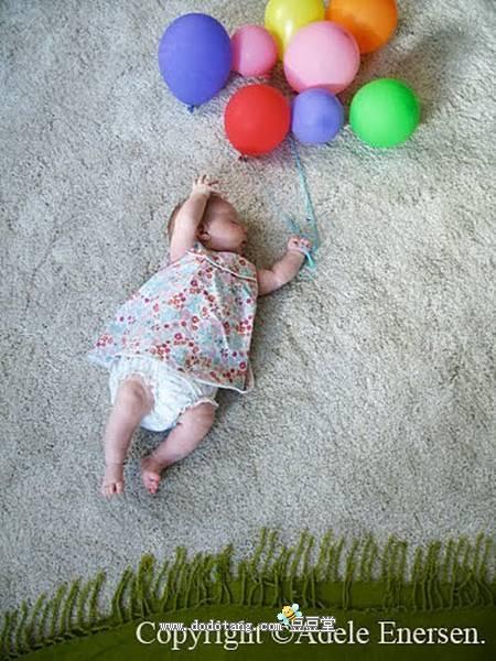 可爱创意的想法----芬兰的一位妈妈adele在她的小宝贝女儿mila睡觉时