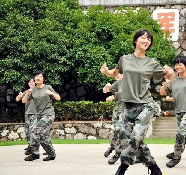 微信頭像大全女軍人
