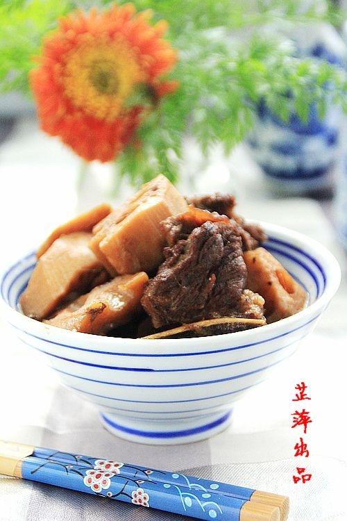 冬季能量餐 红烧排骨莲藕