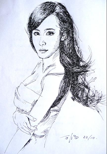 女性题材的钢笔速写,更要体现出婀娜优美的线面