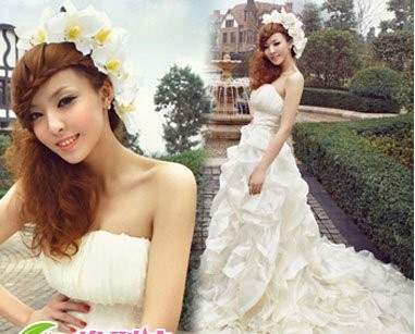 可谓是婚纱百搭的新娘发型图片