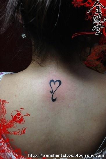 玫瑰花纹身 字母刺青 莲花纹身图 独角兽纹身 小燕子纹身