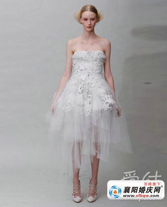 婚纱的 裙长 的话题 完美新娘的有效法宝